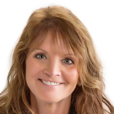 Photo of Dr. Beth Plachetka